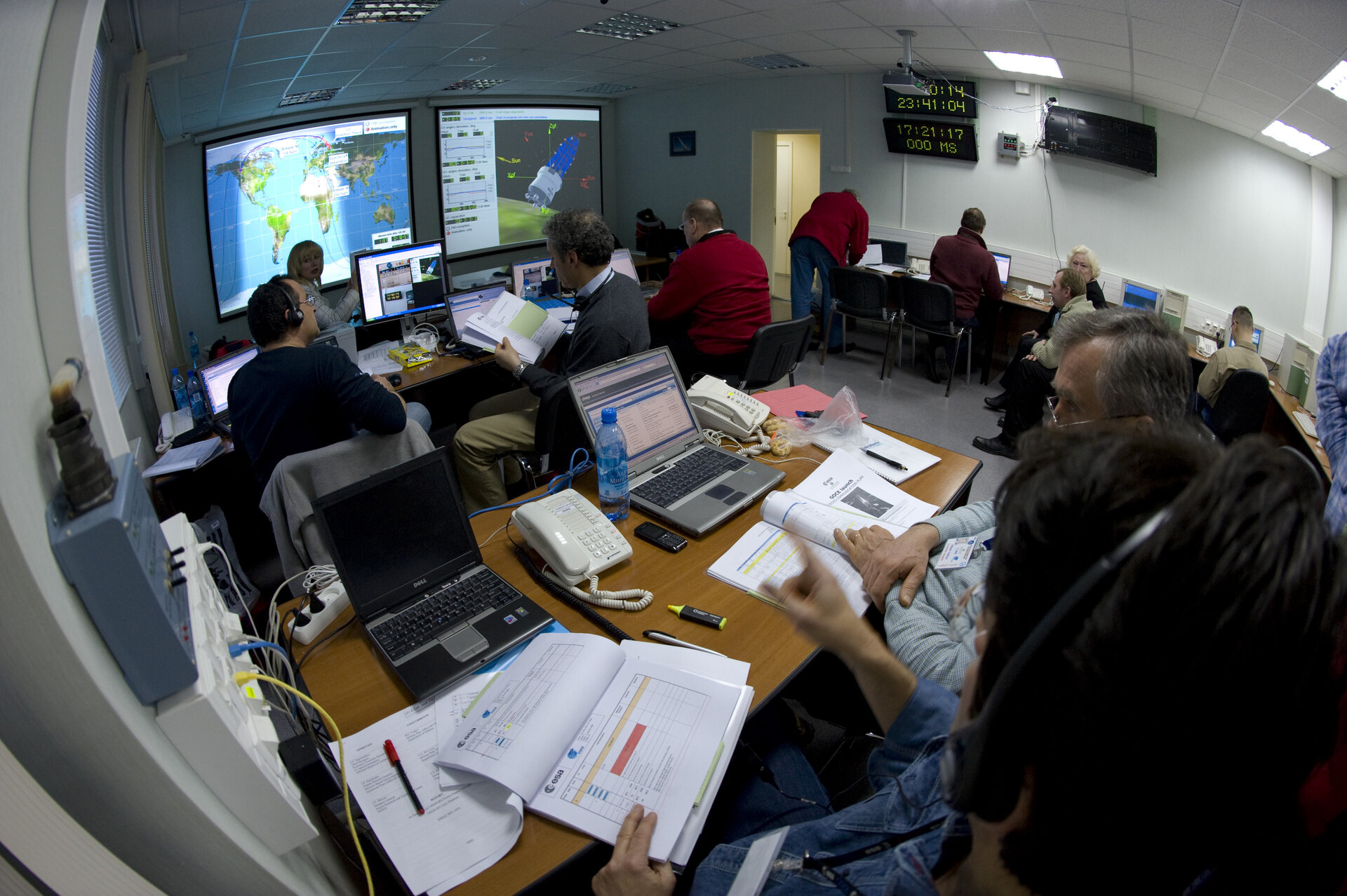View inside ESA support room at Plesetsk during final GOCE rehearsal countdown