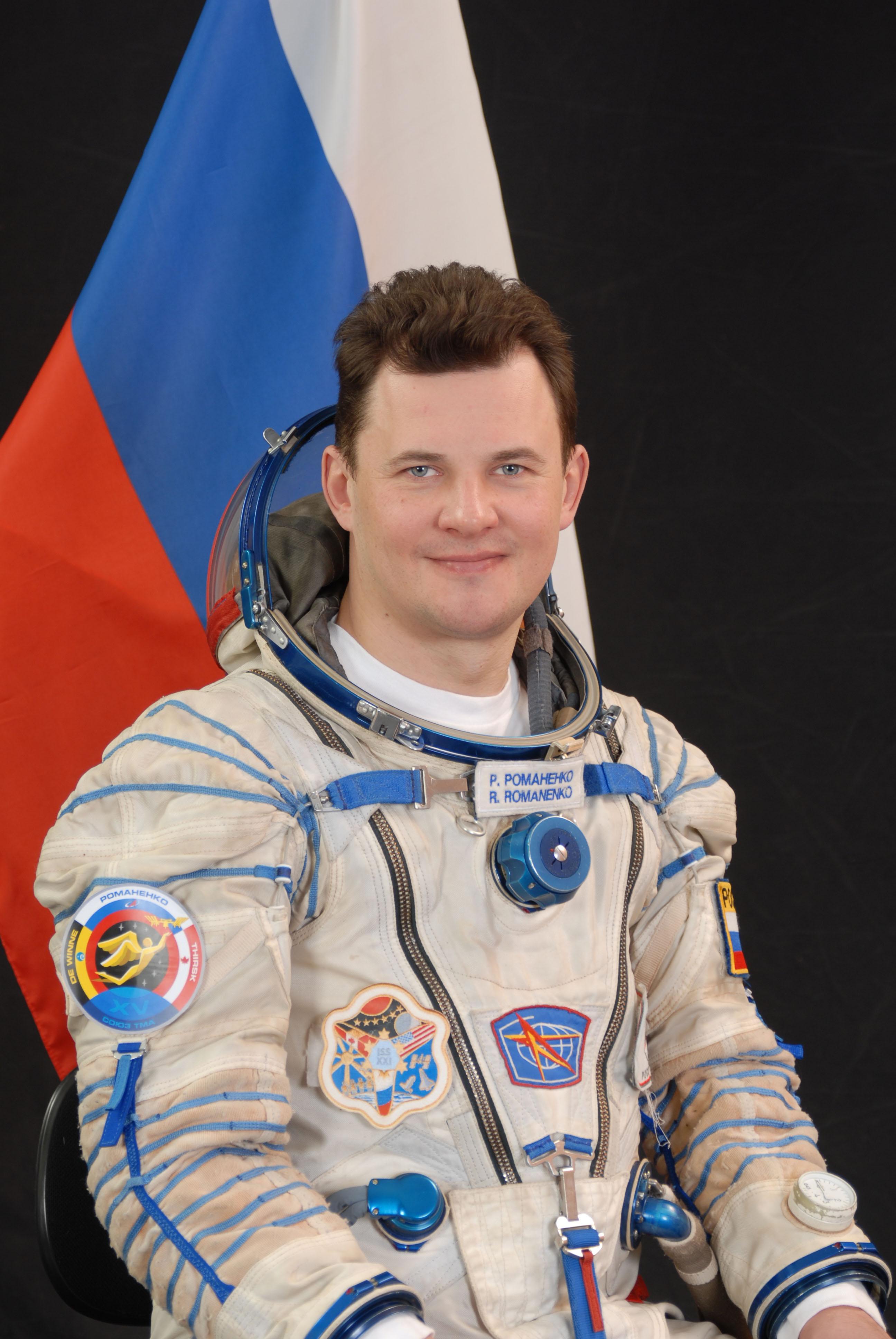 Space in Images - 2009 - 04 - Cosmonaut Roman Romanenko