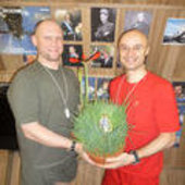 Cyrille and Oleg find a 'space egg'
