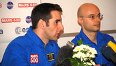 Knickel and Fournier during press conference 31 March 2009