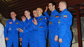 Mars500 crew prepares to enter facility for 105-day study