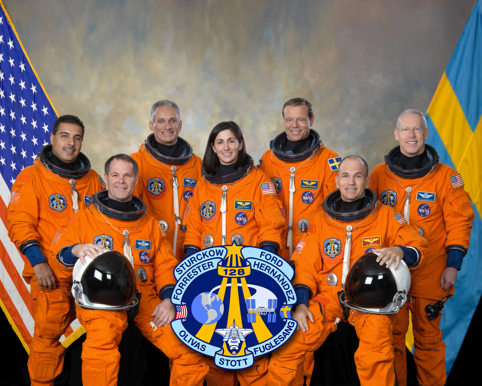 STS-128 crew arrived at the ISS early this morning