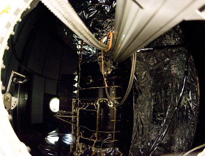 A peek at the Herschel cryostat through the fairing