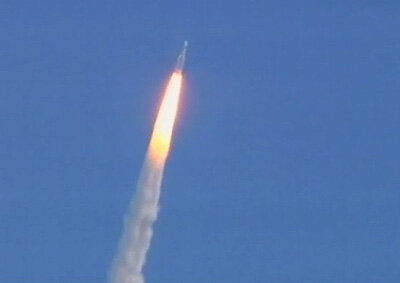 Ariane 5 lifts off with Herschel and Planck on board