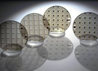 GaN on silicon carbide wafers