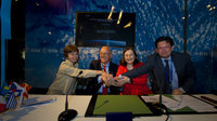 Hispasat AG 1 contract signature at Le Bourget