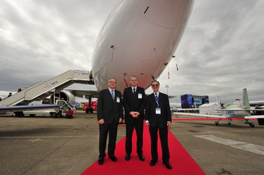 Jean-Jacques Dordain, Jean-Yves Le Gall and Yannick d'Escatha at the Paris Air Show