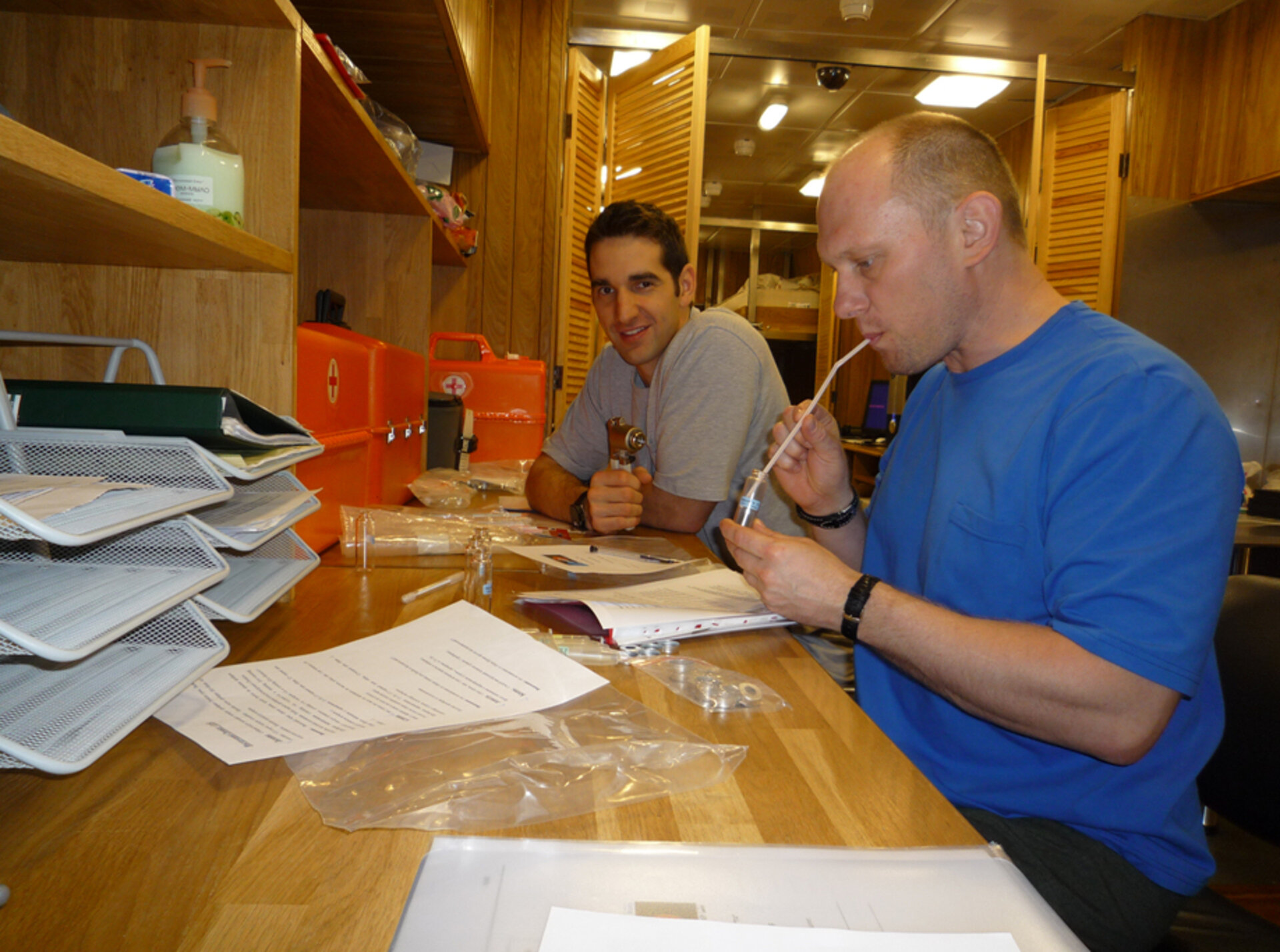 Oliver and Oleg collect expired air samples