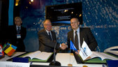 Signature of the ESA/Arianespace Frame Contract for the Procurme