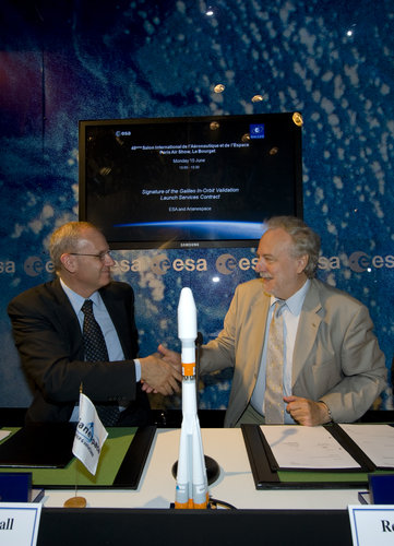 Signature of the Galileo In-Orbit Validation Launch Services Contract