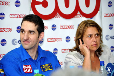 ESA-selected Mars500 crewmember Oliver Knickel during a press conference marking the completion of the 105-day study