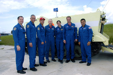 STS-128 crew at Kennedy Space Center for final preflight training