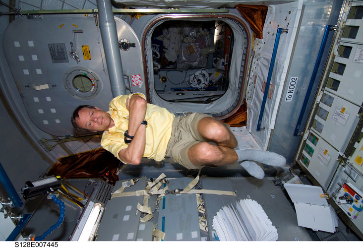 Christer Fuglesang floating freely inside the Leonardo Multi-Purpose Logistics Module