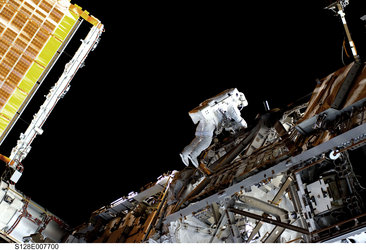 Christer Fuglesang participates in third STS-128 spacewalk outside the ISS
