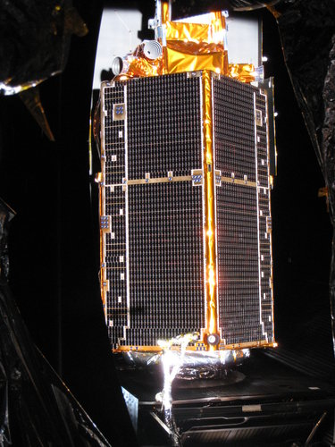 CryoSat-2 in the solar simulation chamber