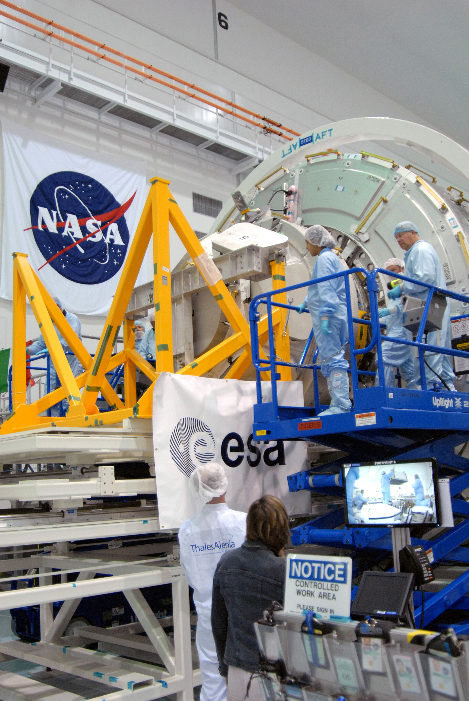 Cupola is mated to the Tranquility node in NASA's Space Station Processing Facility