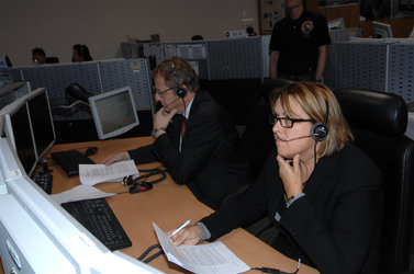 Di Pippo and Wörner spoke to the Expedition 21 crew from inside Columbus Control Centre