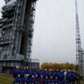 SMOS team in front of launch tower