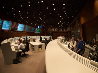 Mission Control Team in simulation training 8 December 2009