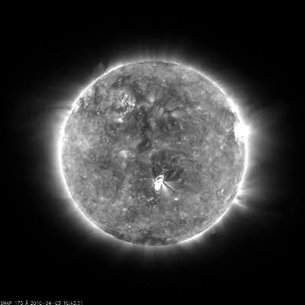 Proba-2 shows solar flare that came to Earth