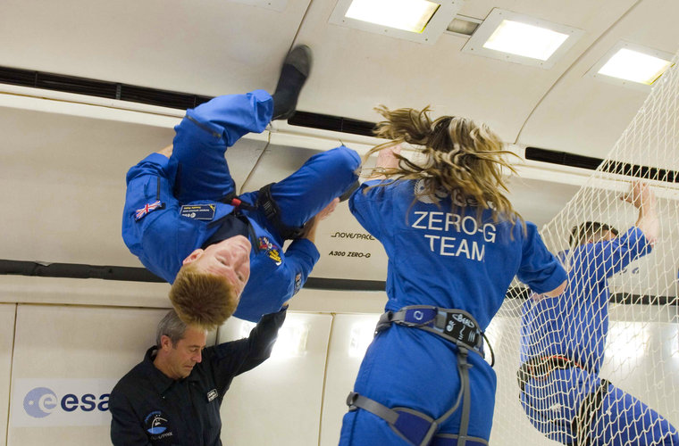 Timothy Peake learing to float in zero gravity