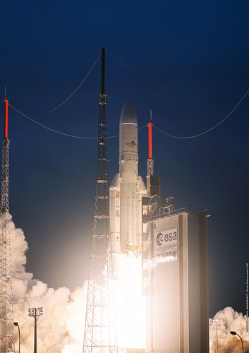 Ariane 5 flight  V195 liftoff