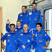 Mars500 520-day isolation crew
