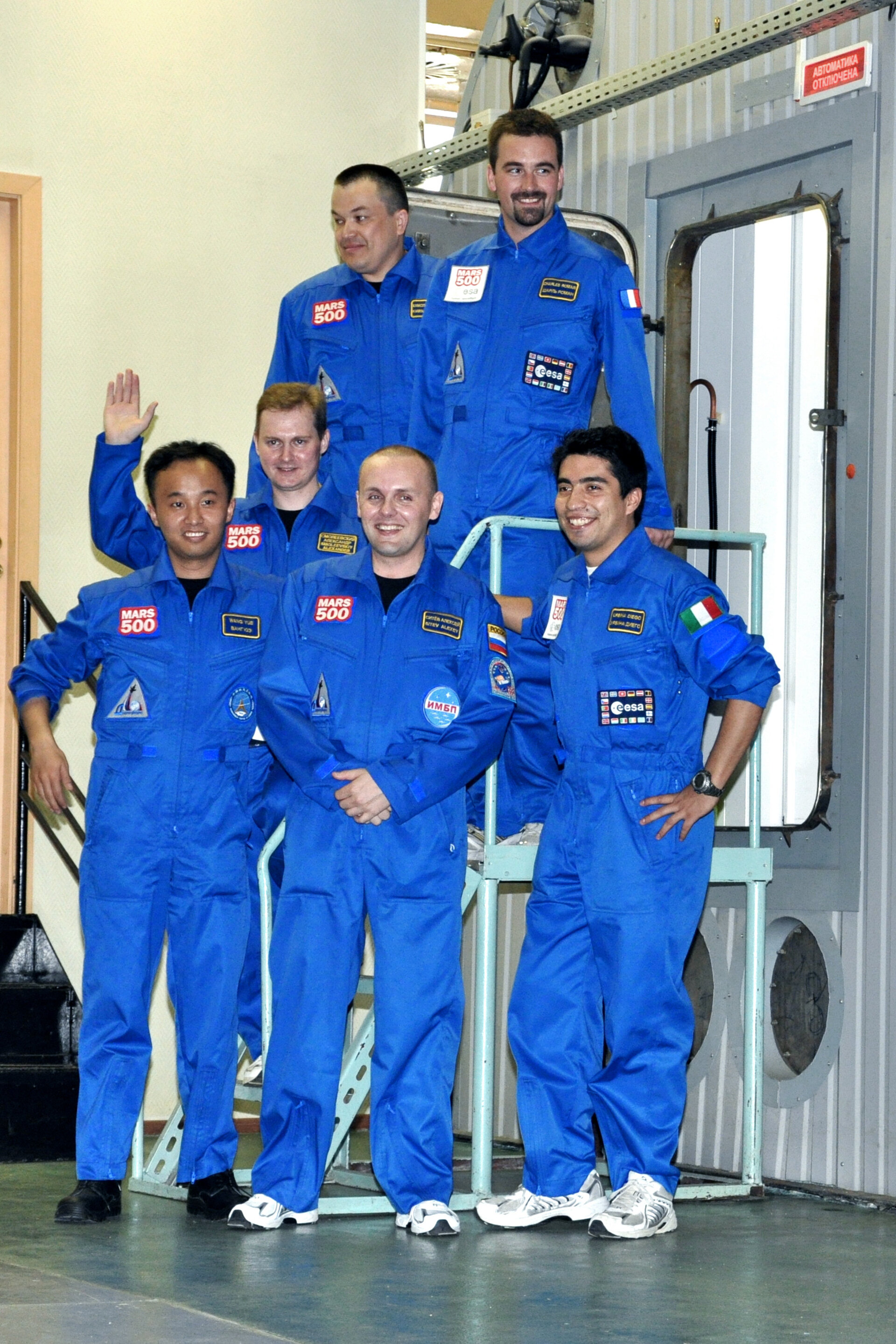 Mars500 520-day isolation crew just before the entry to the facility at in Moscow (11:49 CET) on 3 June 2010.