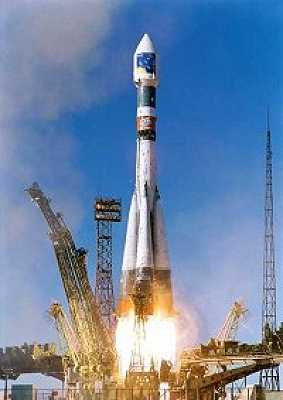 Launch of the first Cluster pair from Baikonur