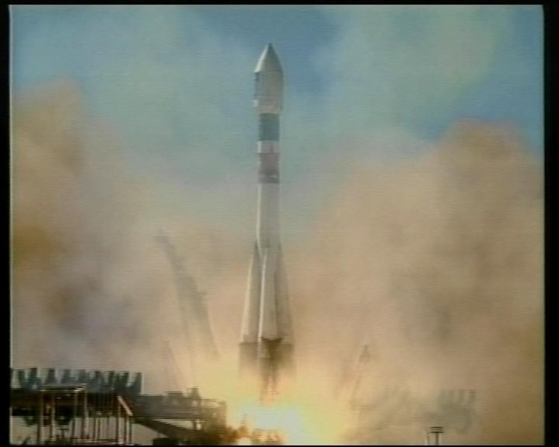 Launch of second Cluster pair - 8 August 2000