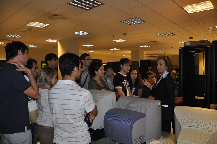Visitors in the multi-mission operational centre