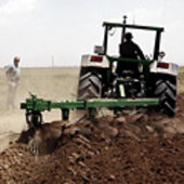 Preparing agricultural fields