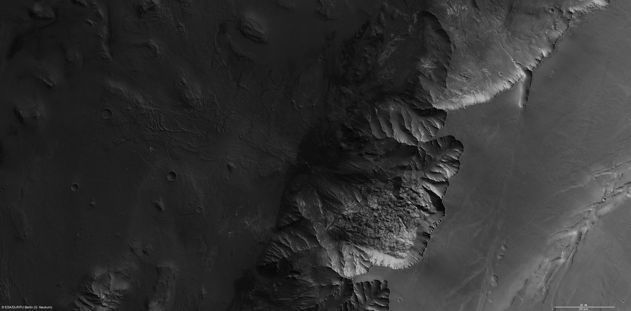 Melas Chasma in high resolution
