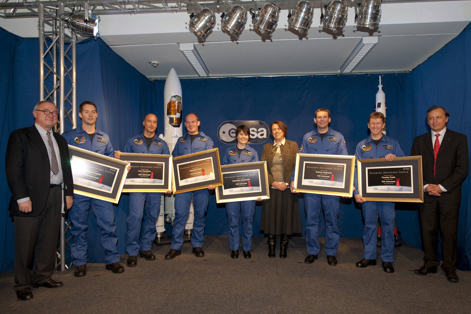ESA's new astronauts display their diplomas