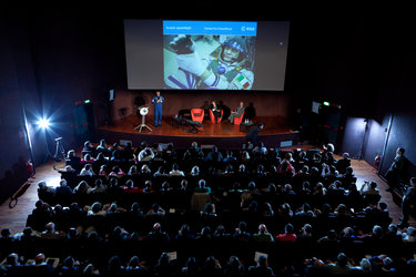 Paolo Nespoli giving a presentation at the Museo della Tecnica
