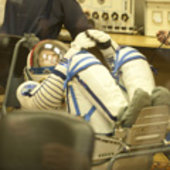 Paolo Nespoli in Sokol suit pressure test in the MIK preparation