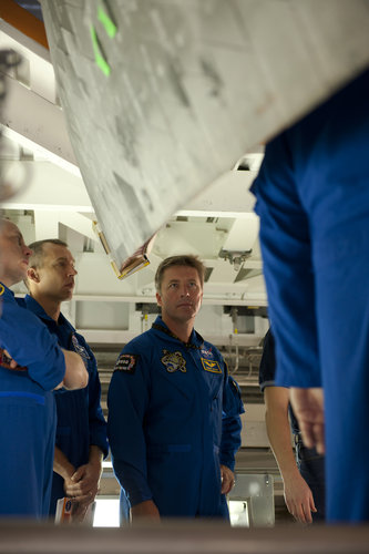 Roberto Vittori and the STS-134 mission crew during training