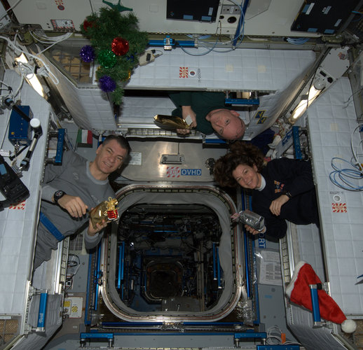 Santa delivers to the ISS!