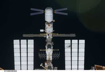 ATV-2 seen from Discovery