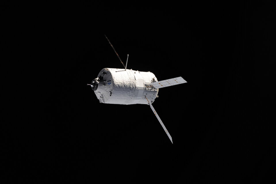 ATV Johannes Kepler approaching ISS for docking