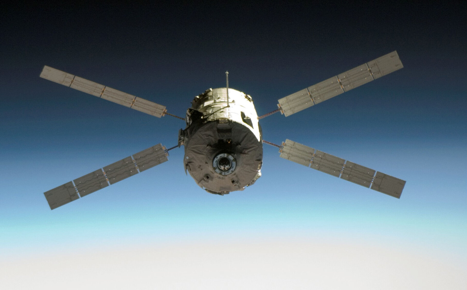 ATV-1 approaching the Station