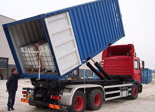 Container transported by lorry.