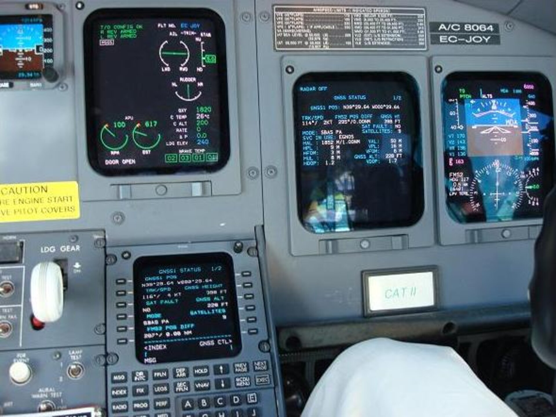 EGNOS-equipped aircraft cockpit