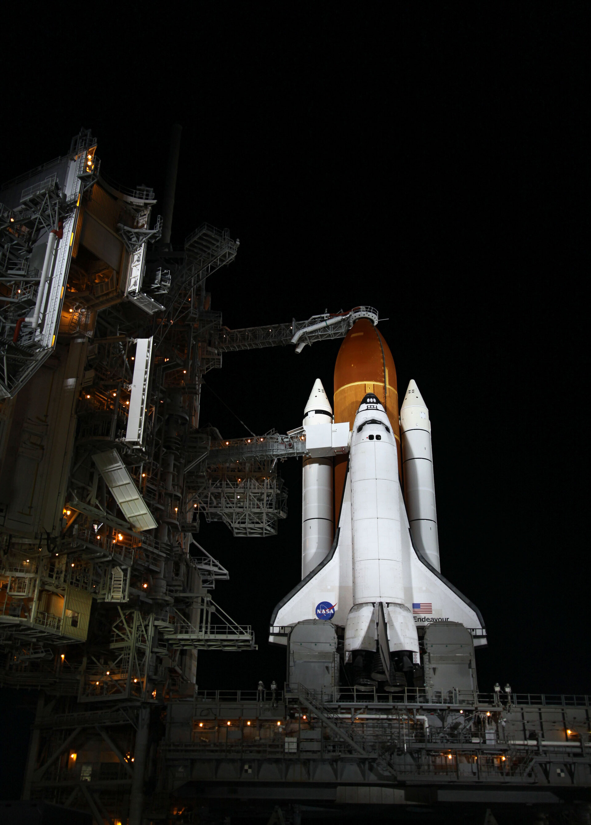<i>Endeavour</i> on the launch pad