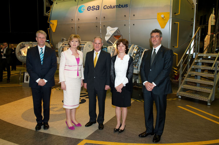 Irish President, Mary McAleese (second from left), pictured with ESA Directors at ESTEC