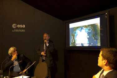Cryosat Press Conference, ESA Pavilion