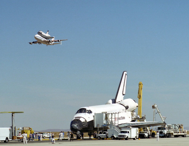 space shuttle after landing - photo #47