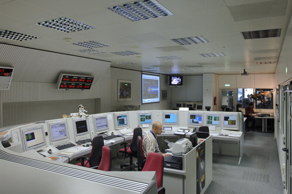 Engineers working in Cluster control room