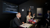 Signature of an Administrative arrangement between ESA and EDA