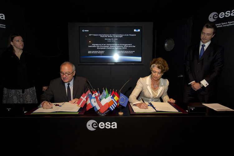 ESA/EDA Signature of an Administrative arrangement